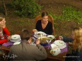 Обед из лукошка
