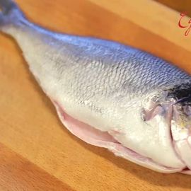Как очистить рыбу дорадо