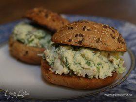 Бутерброд с раками и маскарпоне