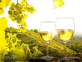 Вино белое полусухое