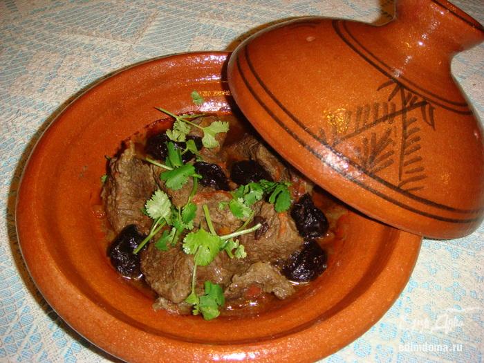 Тажин - праздничное блюдо, ароматное, вкусное и тающее во рту.