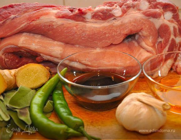 Жаркое из свинины с шалфеем и медом.