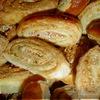 Печенье к пиву с фисташками и крабовыми палочками