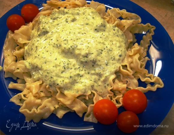 Регинетте с брокколи в сливочным соусом