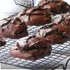 Большое шоколадное печенье