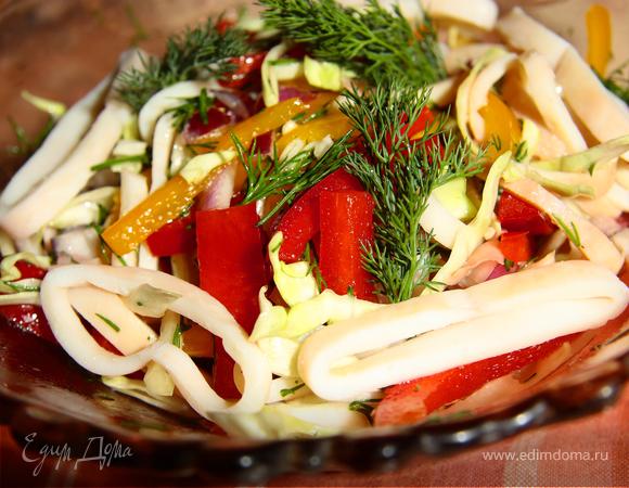 Вьетнамский салат с кальмарами