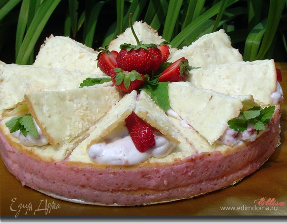 Клубнично-кокосовый торт