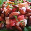 Салат с куринной грудкой и фасолью.