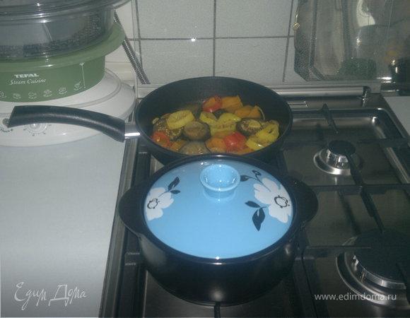 Овощи в индийском стили и свиной карбонат с утхо сунели