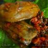 Баклажаны фаршированные сыром и орехами