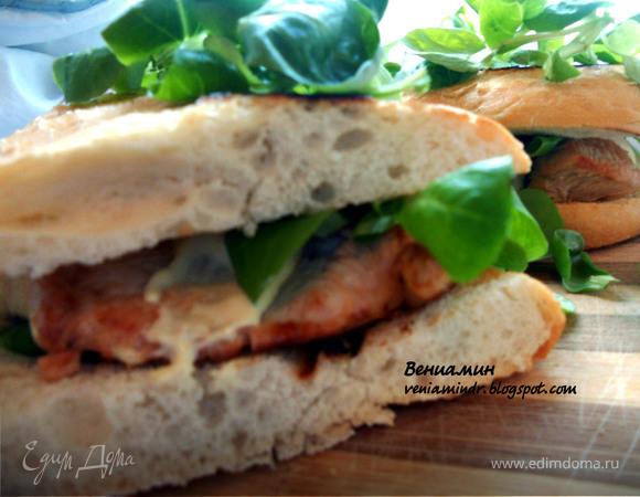 Сэндвич с индейкой, корном и домашним майонезом (почти) :)