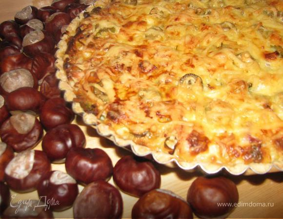 """Тарт """"3 сыра"""" с пореем, балыком и оливками"""