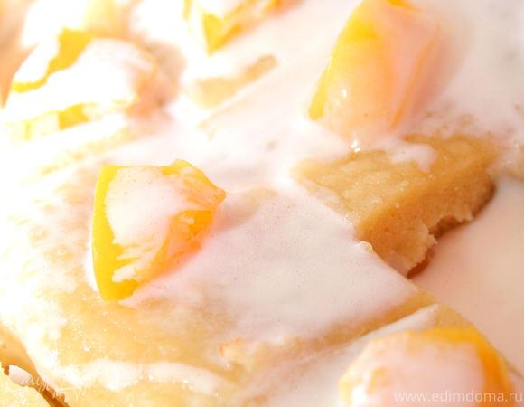 Персиковый сметанный пирог