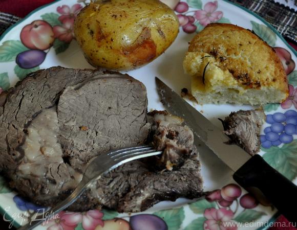 Запеченная говядина с Йоркширским пудингом