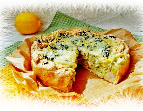 Открытые пироги с кабачками, мятой, кускусом и ...