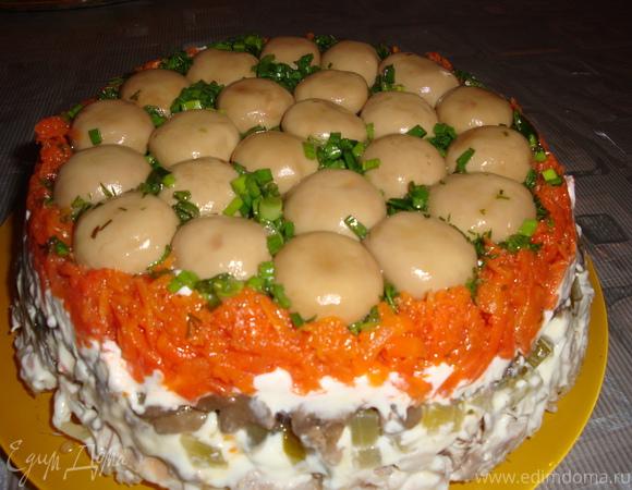 салат грибная поляна рецепт фото с корейской