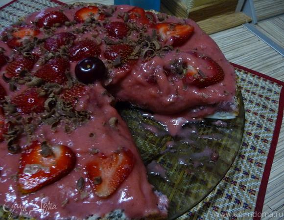 Маково-клубничный торт