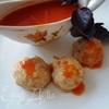 Куриные тефтели с базиликом и томатным соусом