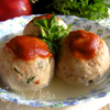 Канедерли из хлеба и колбас в бульоне (Canederli di pane e salumi in brodo)