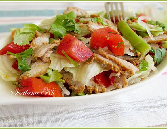 Салат со стручковой фасолью и мясом