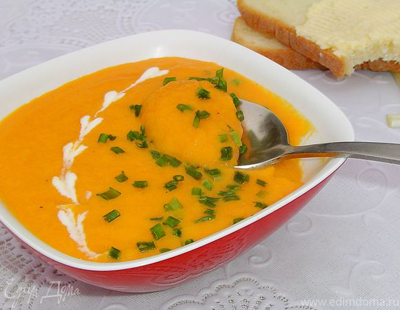 Морковный суп-пюре с зеленым луком (Сrema di carote all erba cipollina)