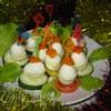 Перепелиные яйца, фаршированные овощами