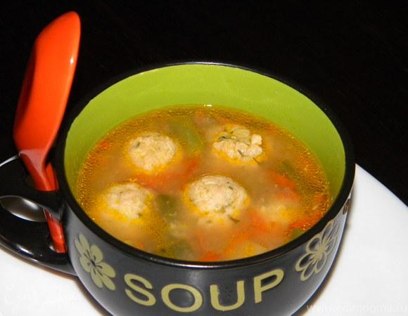 Суп с фрикадельками и спаржей