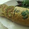Рулет из кабачкового теста с начинкой из овощей, мяса и сыра