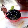 Оладьи со свежей черникой на сметане