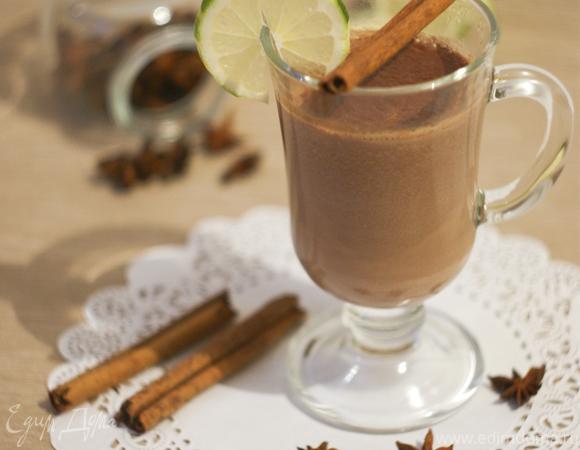 Несладкий горячий шоколад от Пьера Эрме (с лаймом и корицей)