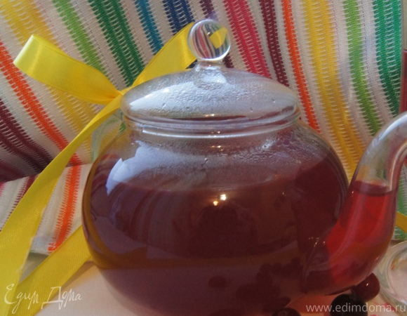 Клюквенный чай на травяном настое
