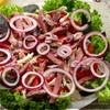 Мясной салат с майонезом-ткемали