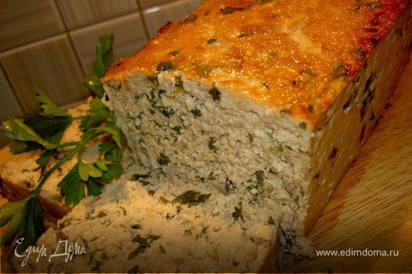 Теперь смажем хлеб сверху оставшимся соусом терияки и поставим в духовку еще на 15 минут. Горячим его подавайте вареными овощами (лучше конечно на пару), а холодным как вам пожелается.