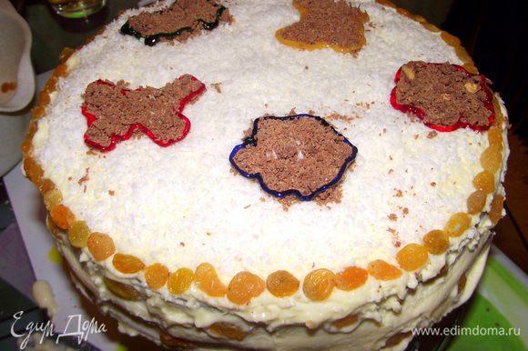 Охладить торт, и украсить, как Вы захотите!