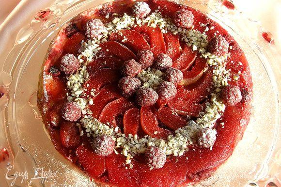 Украсить малиной, рубленным миндалем и сахарной пудрой. Приятного аппетита! :)