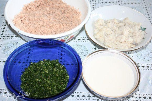 Филе горбуши отварить с лавровым листом, луком, солью, перцем горошком до полной готовности. Филе хека отварить с лавровым листом, солью и перцем. Рыбу варим в разных кастрюлях. Дать остыть. Желатин замочить в остывшем бульоне бульоне (250 мл). Готовый желатин смешать с майонезом, добавить лимонный сок. Горбушу и хек взбить в блендере (отдельно), добавить соль и перец по вкусу. Петрушку мелко нарезать