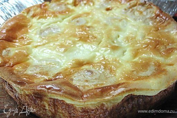 Запекать в духовке до появления золотисто-коричневой корочки.