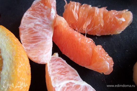 А ещё мне попался красный апельсин...Да-да,это не грейпфрут,хотя и очень похож!