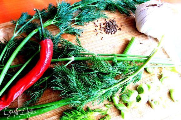 Удачно добавить в маринад перец чили.