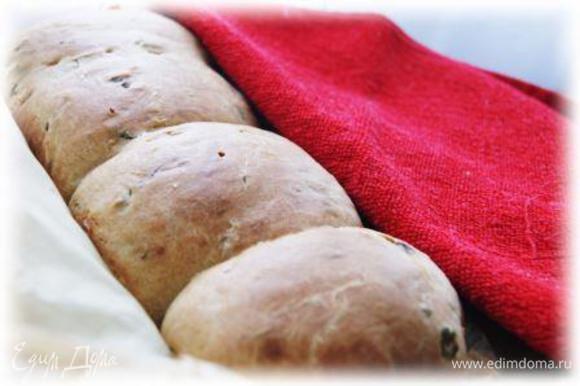 Отличным дополнением к ужину стал чесночный хлеб от Лизы Оливер! Ну оочень вкусный хлебушек=)http://www.edimdoma.ru/retsepty/66659-chesnochnyy-hleb-s-petrushkoy