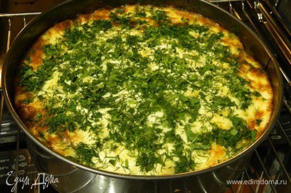 В конце приготовления посыпать нарезанной зеленью (укроп и петрушка).