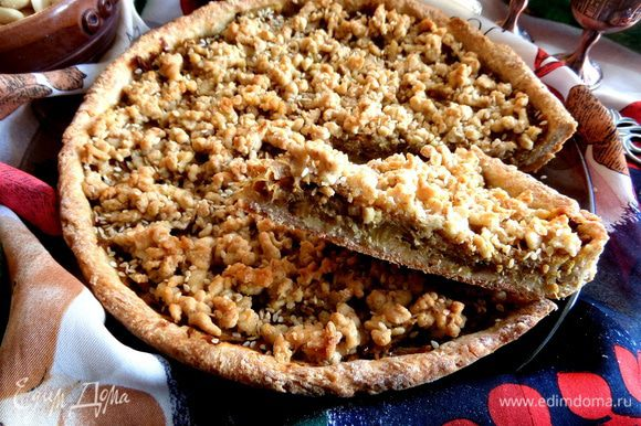 Пирог с овощами на песочно-овсяной основе готов! Берите кусочек)))