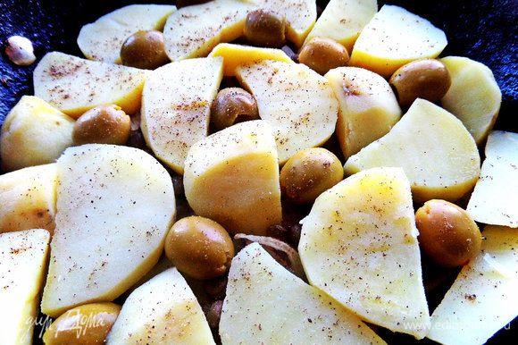 Снова слой картофеля...