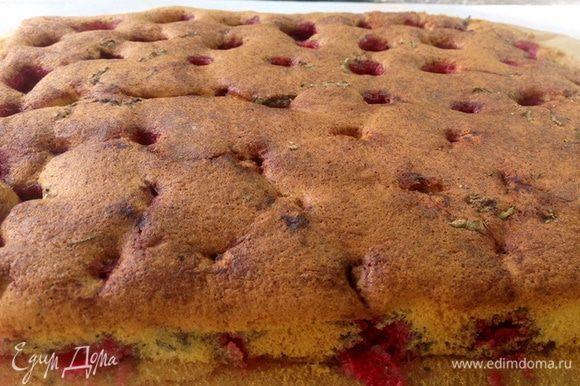 Пышный и легкий пирог готов :-)