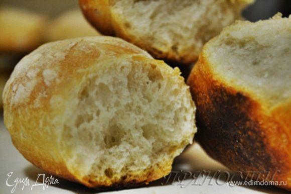 Наш хлеб. Хлеб с душой, который впитал в себя тепло ваших рук, частичку вашей души. Это СКАЗКА. У меня имеется отличная хлебопечка, но хлеб испеченный в ней никогда не получается ТАКИМ. Если вы решитесь попробовать испечь такой хлеб — вы влюбитесь в него, поймете, что НАСТОЯЩИЙ хлеб может быть только таким…