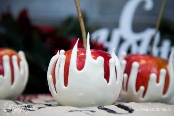 Простой и эффектный десерт для праздничного стола готов!