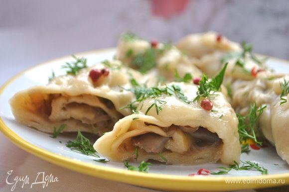 Вот и все, обед готов! Подаем с яблочным «майонезом» http://www.edimdoma.ru/retsepty/27541-yablochnyy-postnyy-mayonez. Если не поститесь, то со сметанкой. Приятного аппетита!