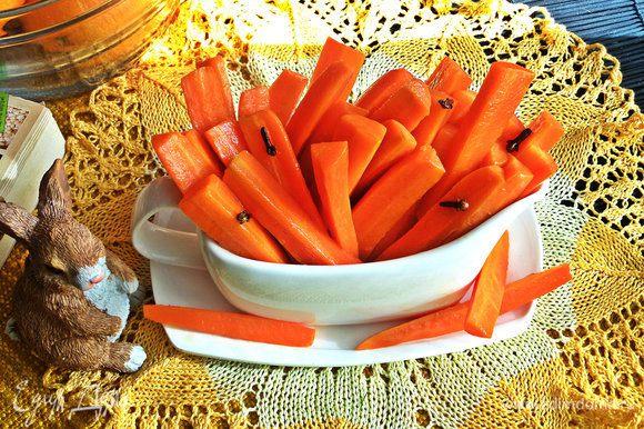 Очень вкусная! Мне, как любителю морковки, было трудно удержаться от дегустации)