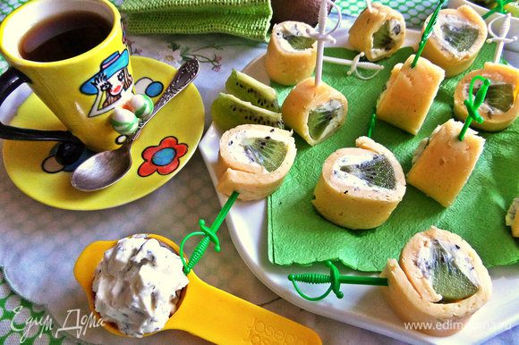 Подаем утром к кофе, вечернему чаю...Объеденье! Наташа подтвердит, она готовила их неоднократно.