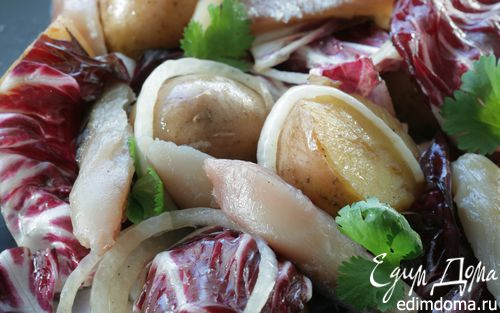 Рецепт Теплый салат с копченой рыбой